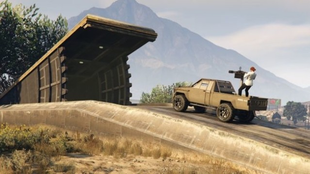 GTA Online buôn lậu vũ khí