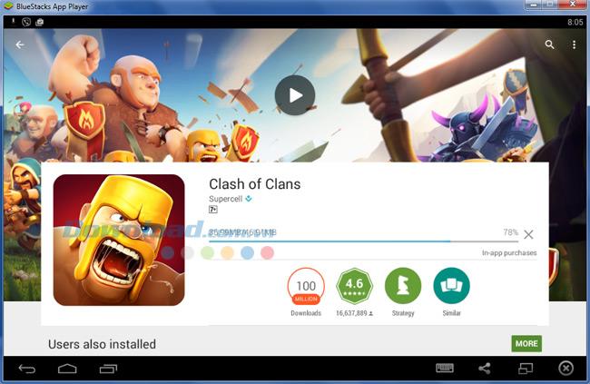 Chờ một chút để BlueStacks tải game Clash of Clans về máy