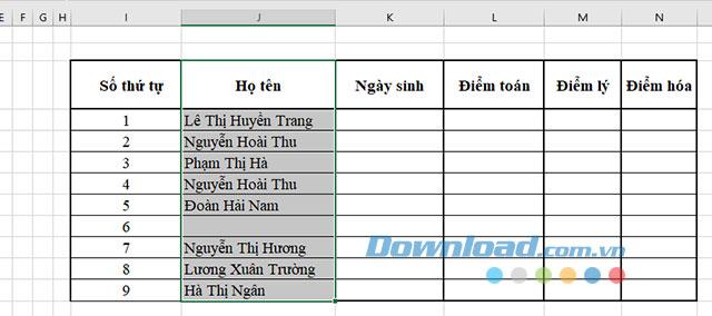 Lựa chọn vùng dữ liệu muốn xóa dòng trắng trên bảng tính Excel