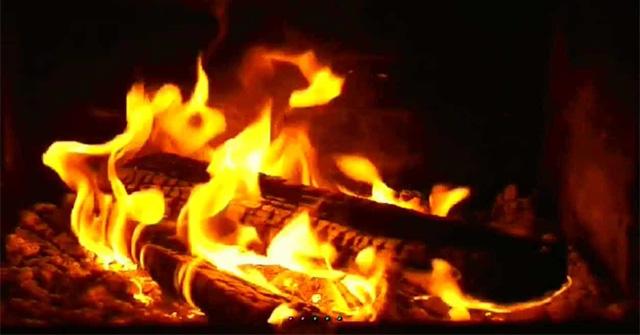 Đóng vai người cháu kể lại câu chuyện Bếp lửa mẫu 2