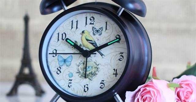 Dàn ý thuyết minh về chiếc đồng hồ báo thức