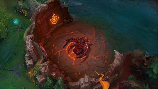 Hang rồng mở rộng hơn khi rồng lửa xuất hiện