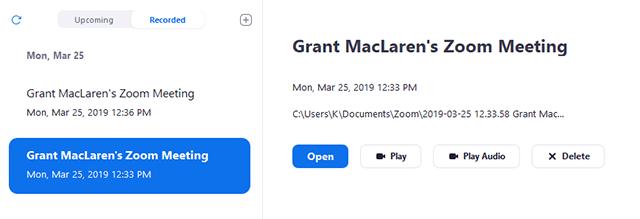 Click tab Recorded và chọn cuộc họp được ghi vào máy.