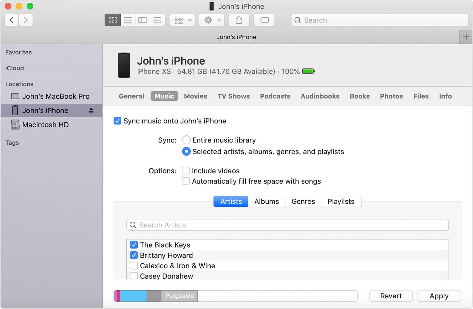 Đồng bộ iPhone với máy tính bằng Finder