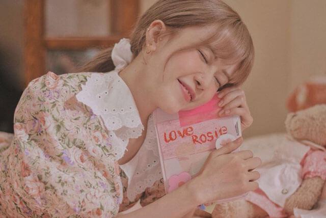 Thiều Bảo Trâm trong MV Love Rosie
